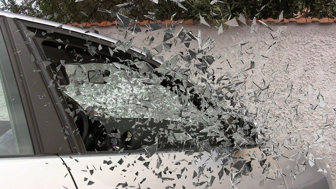 Una familia condenada por simular un accidente de tráfico